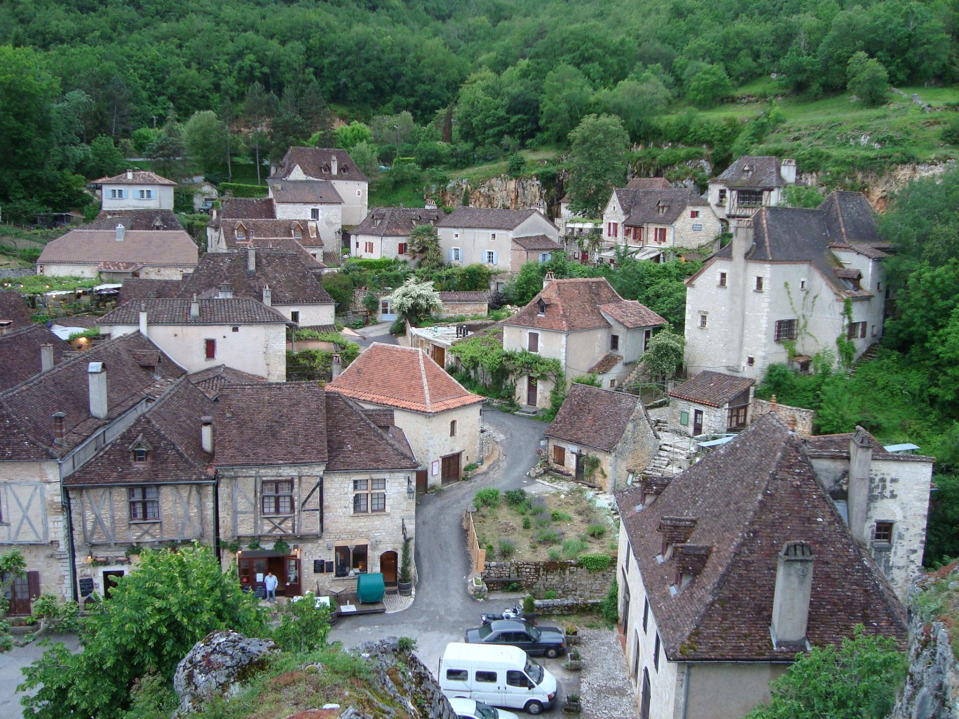 """Saint Cirq Lapopie, en el top ten de """"les plus beaux village de France"""", o los más bellos pueblos de Francia"""