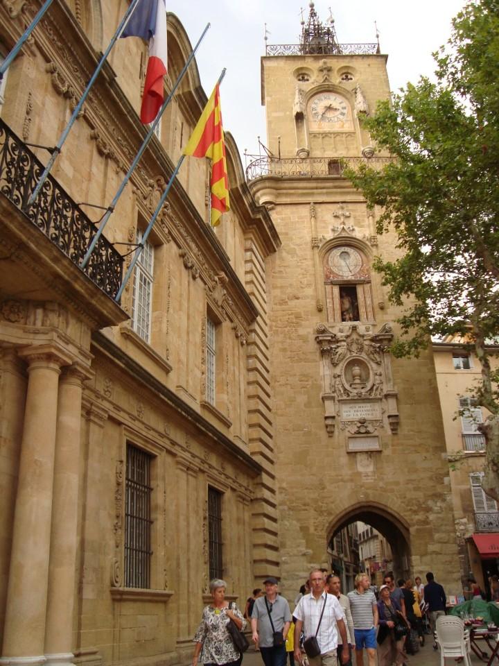 Reloj y la Mairie